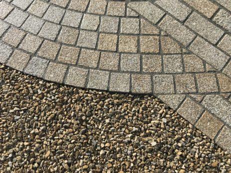 Portugese-Gold-Granite-10x10x5cm