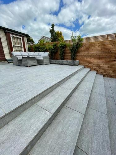 Vals-Silver-Porcelain-Installed-By-Agora-Outdoor-Solutions (1) (1)