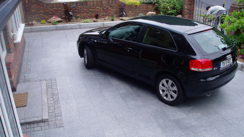 Silver Granite Paving Used On A Driveway