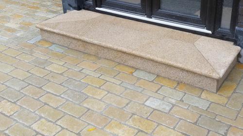 Gold Granite Step + Riser